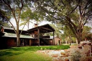 2920 RoadHouse Backyard