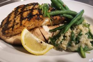 Grilled Salmon & Spinach Cheese Rice